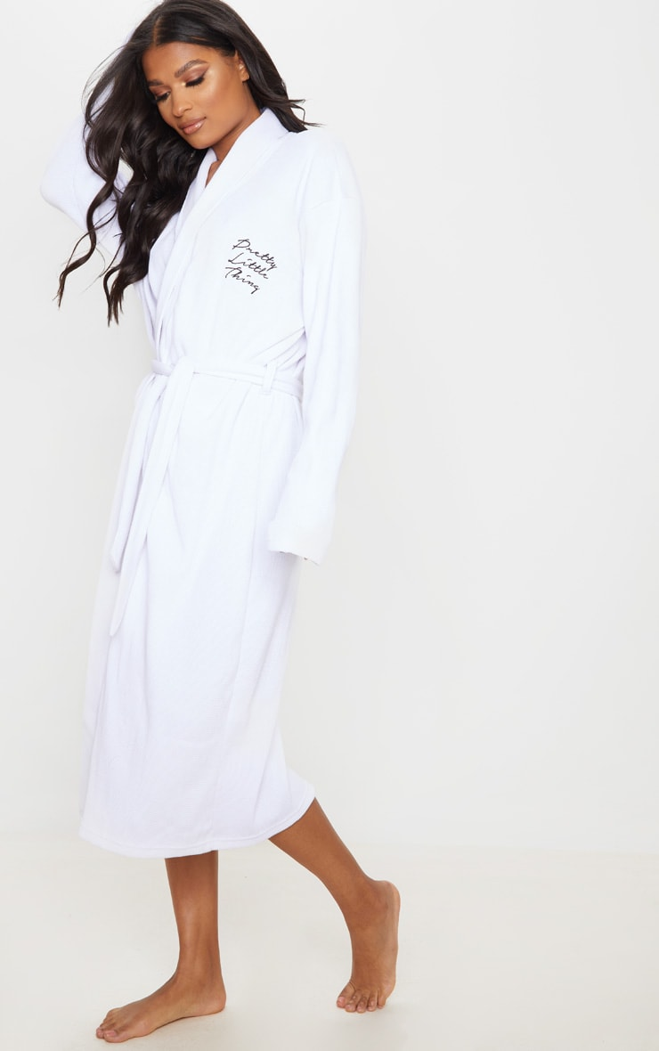 PRETTYLITTLETHING White Embroidered Long Waffle Dressing Gown 3