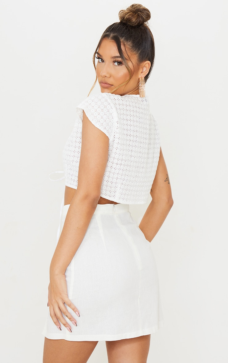 White Broderie Double Tie Front Short Sleeve Crop Top 2