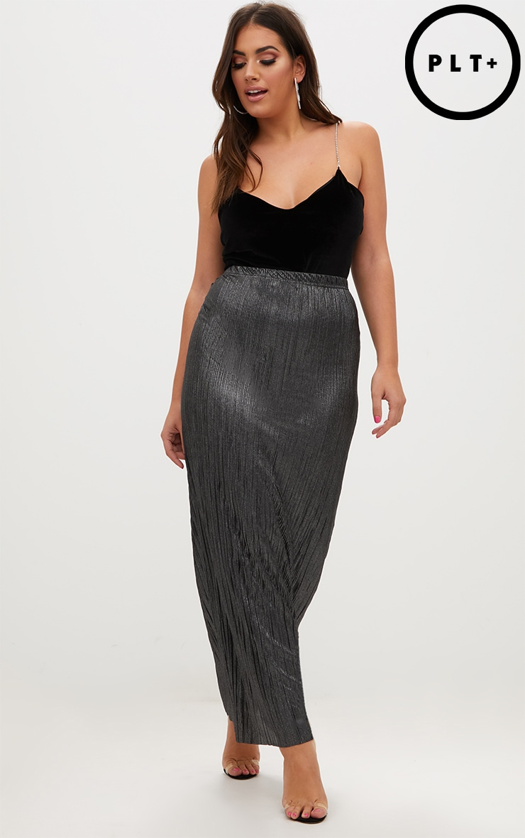 Plus Black Pleated Maxi Skirt 1