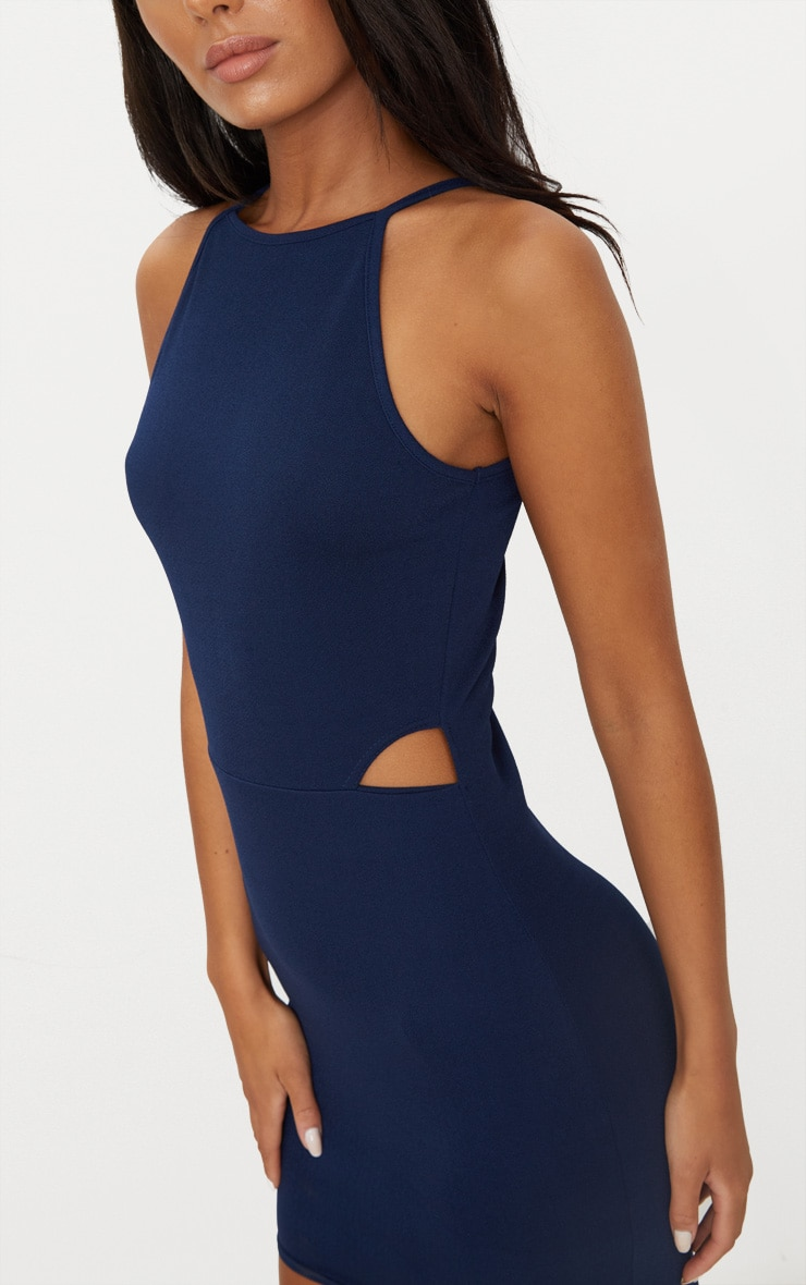 Robe moulante col montant bleu marine à découpes 5