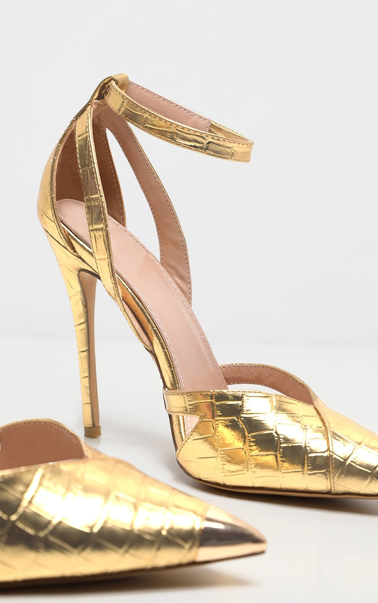 Gold Cut Out Heel Metal Toe Court Shoe 5