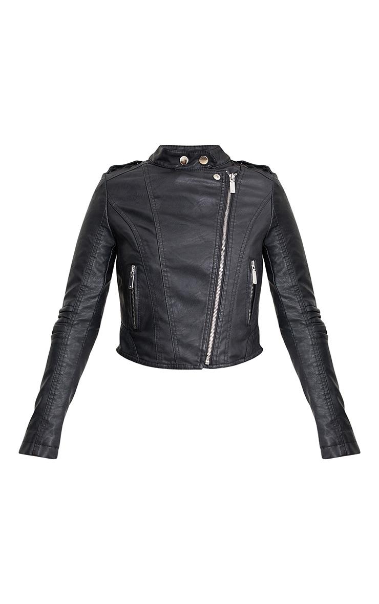 Petite veste noire sans col imitation cuir 3