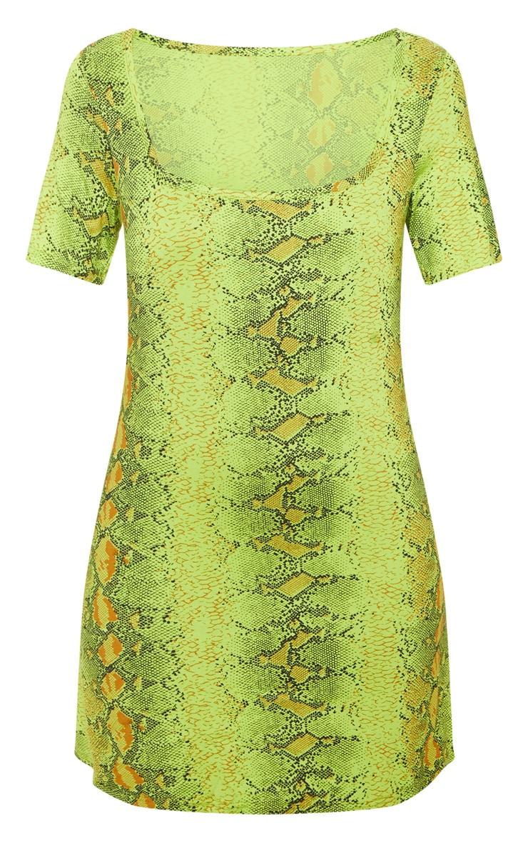 Robe droite vert citron à imprimé serpent et encolure carrée 3