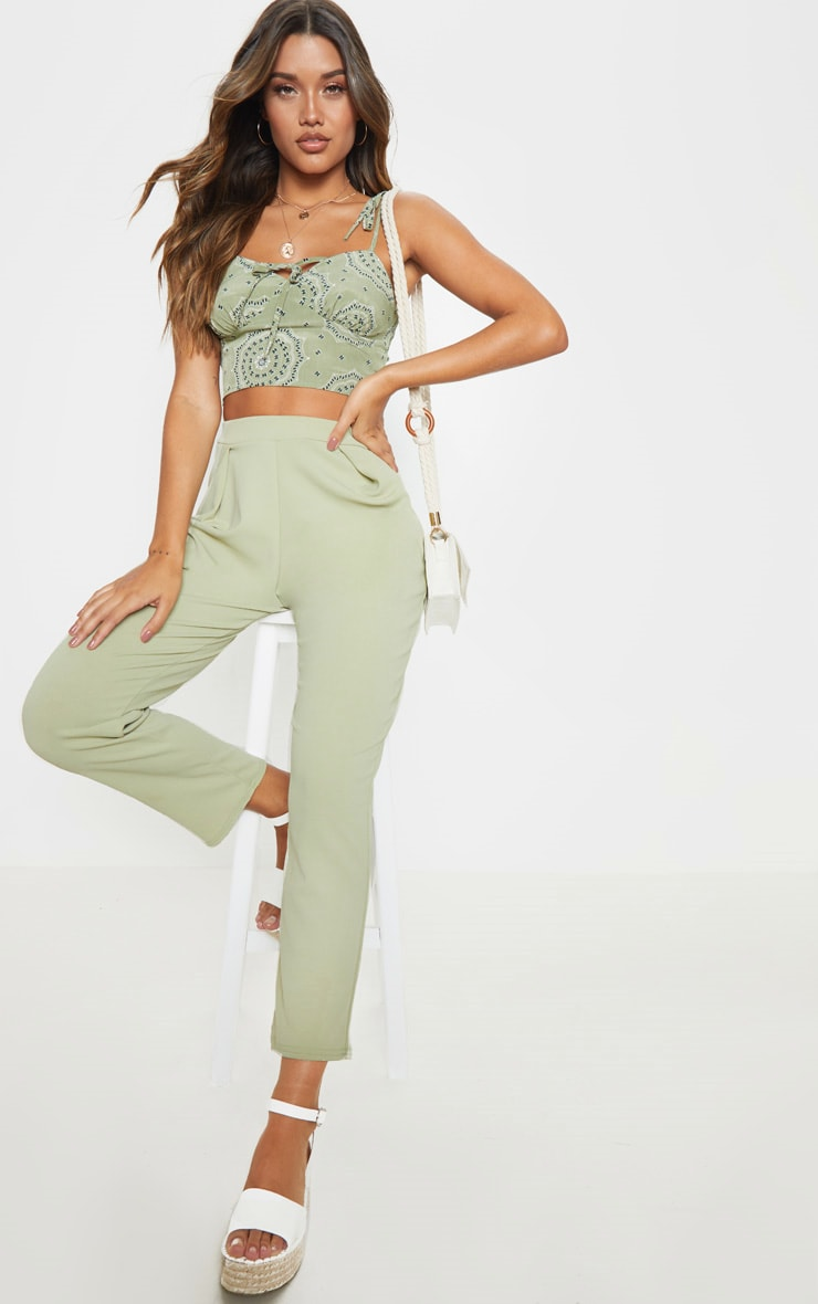 Sage Green Floral Printed Cup Tie Detail Sleeveless Crop Top 4