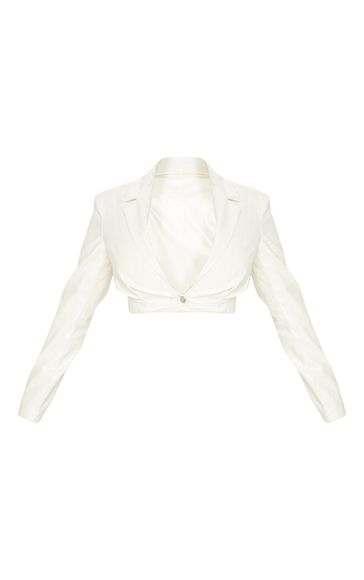 Veste courte cintrée en similicuir blanc 5