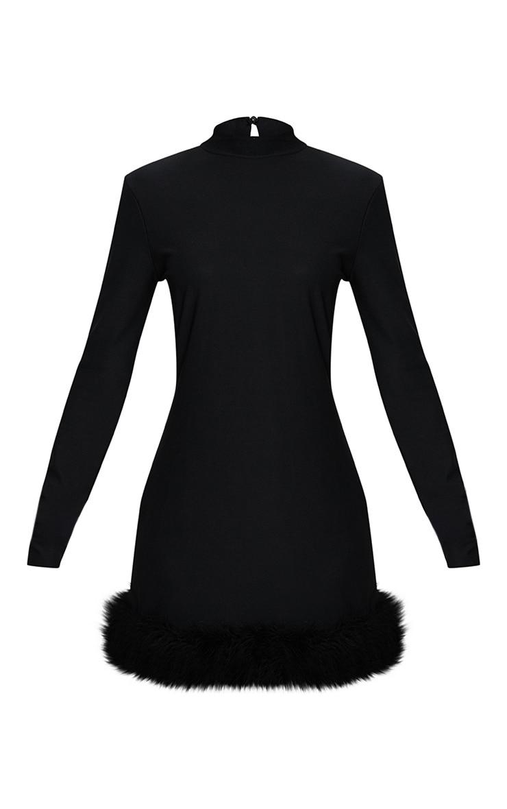 Robe moulante manches longues col haut ourlet à plumes noire 3