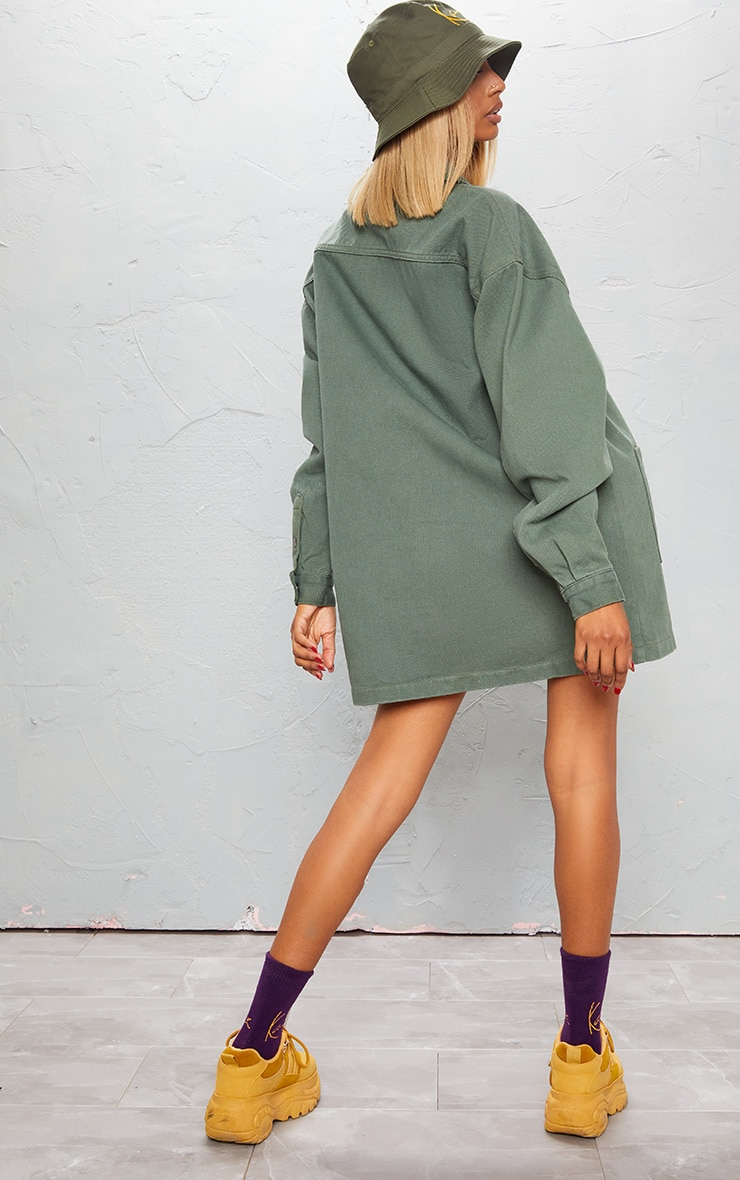 KARL KANI - Robe chemise en jean kaki oversize 3