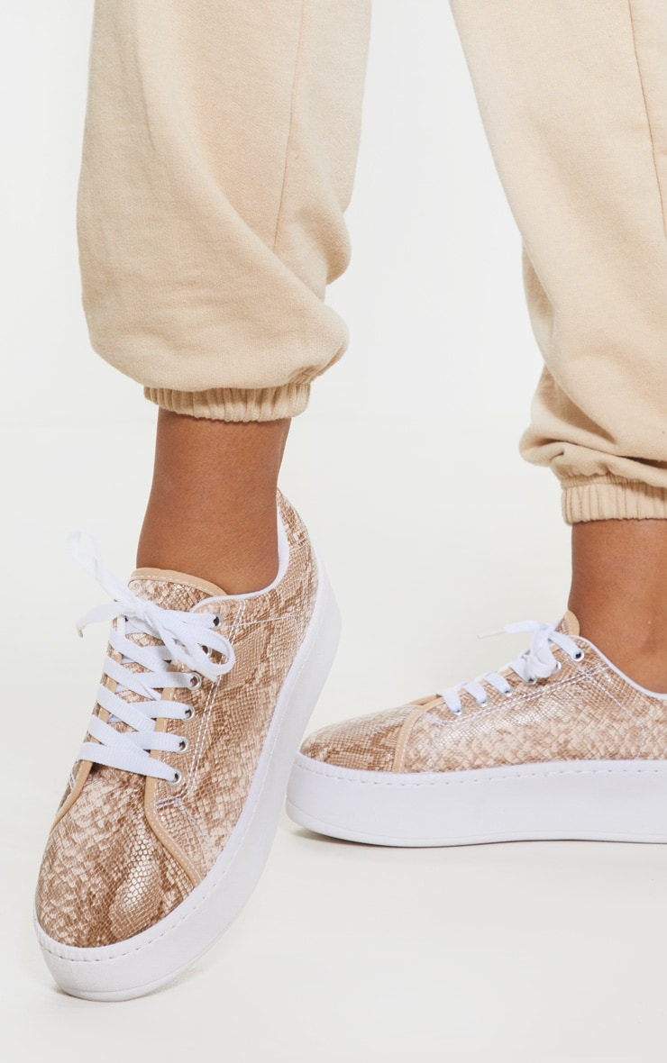 Snake Flatform Sole Sneakers 1