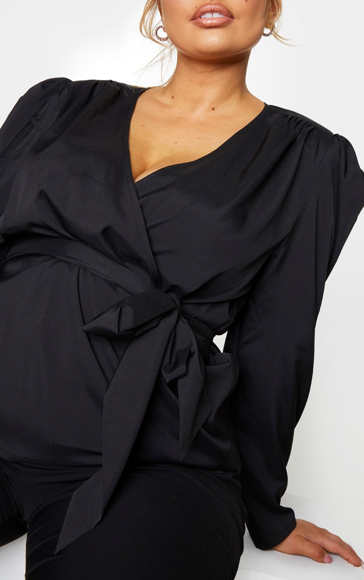 Plus Black Woven Plunge Puff Sleeved Blouse 4