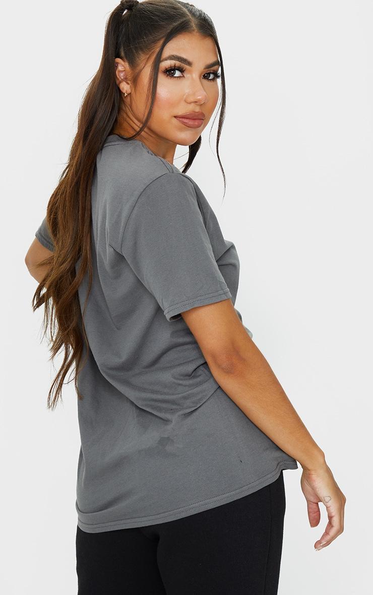 PRETTYLITTLETHING - T-shirt oversize anthracite à slogan 2