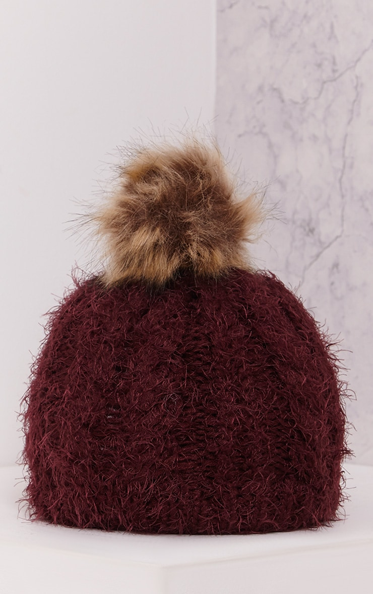 Two Pack Burgundy Knitted Beanie and Snood 4