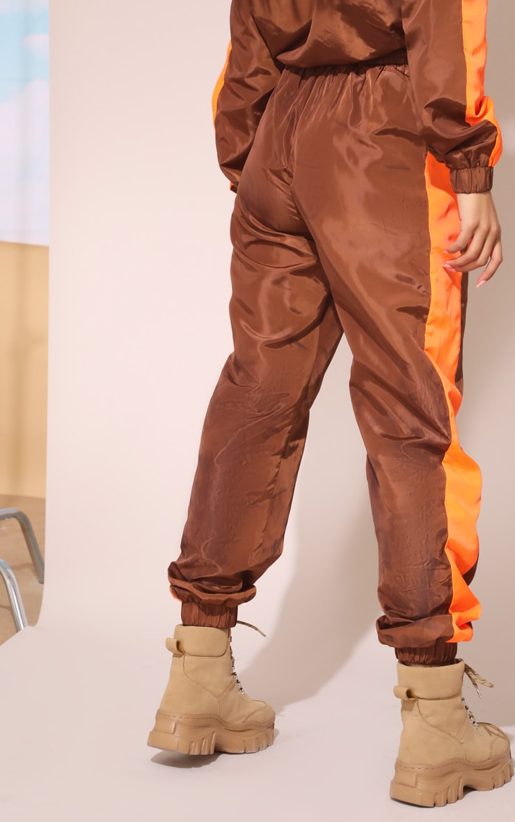 Toffee Panel Shell Joggers 5