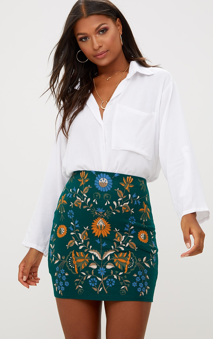 Forest Floral Embroidery Print Mini Skirt 1