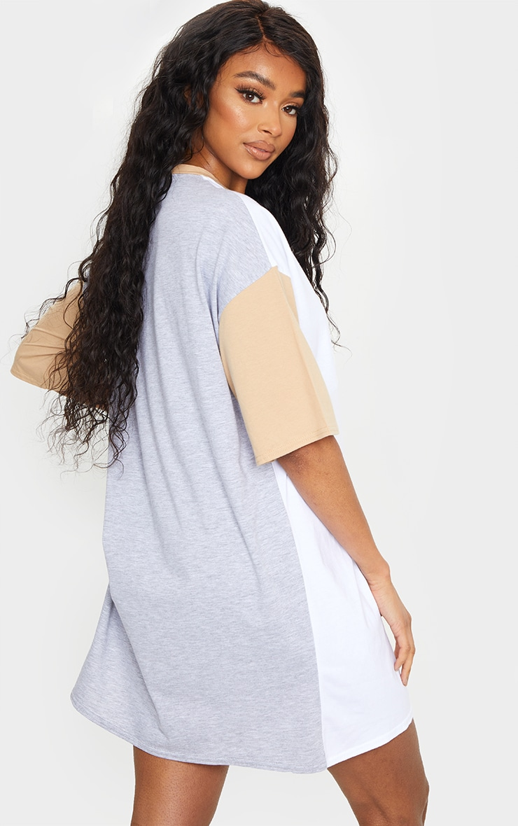 Multi Contrast Pocket Detail Oversized T Shirt Dress 2
