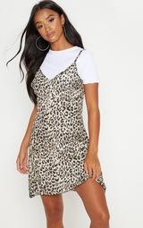 9916ff2b8542 Petite Brown Leopard Print Swing Dress | PrettyLittleThing