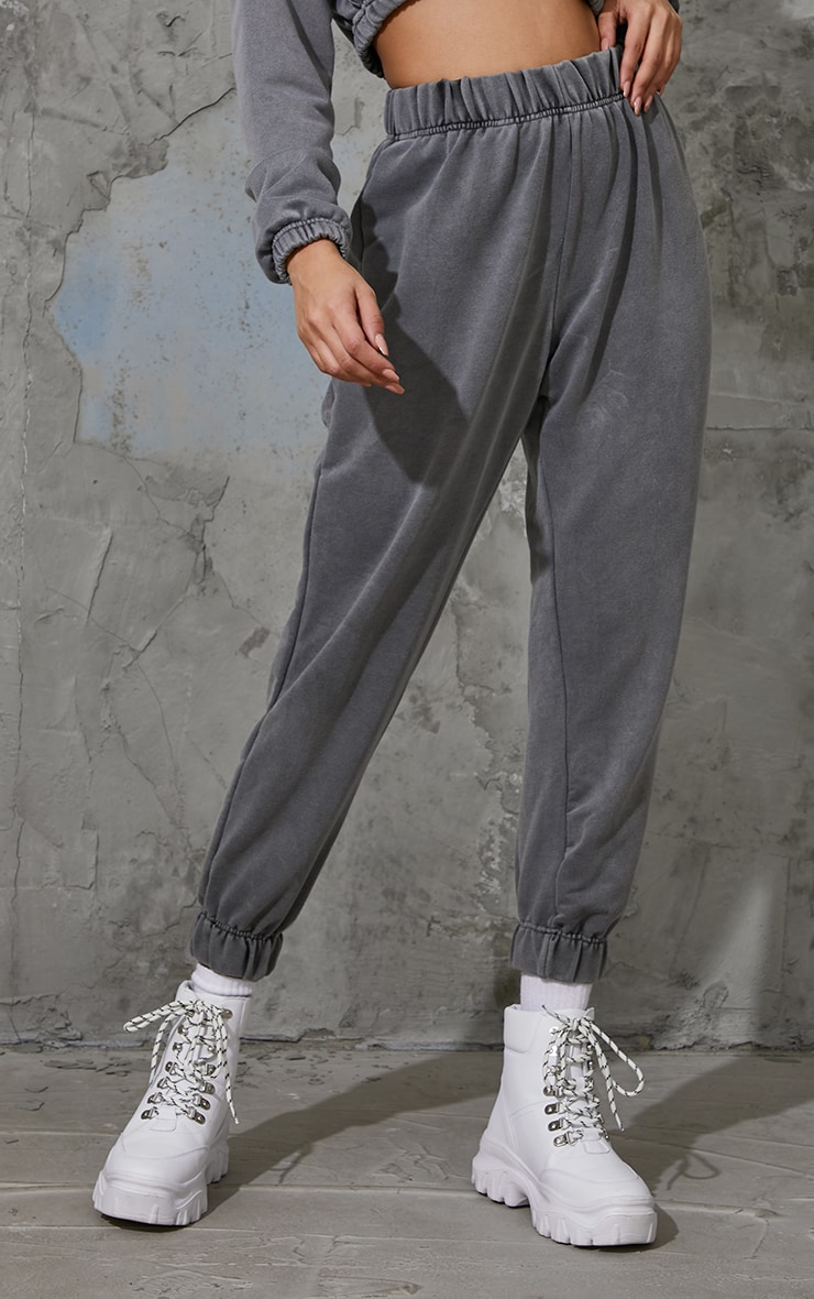 Charcoal Grey Washed High Waist Pocket Detail Cuffed Joggers 2