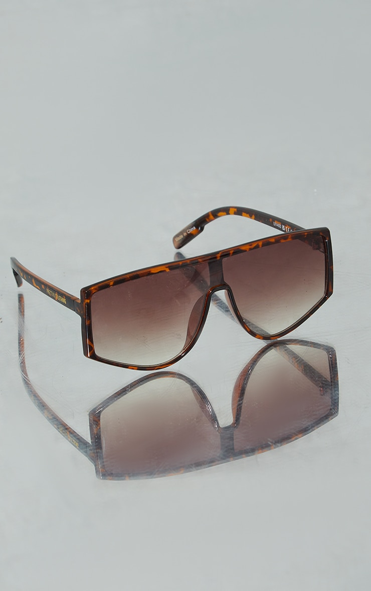 PRETTYLITTLETHING Brown Tort Chunky Top Squareframe Sunglasses 2