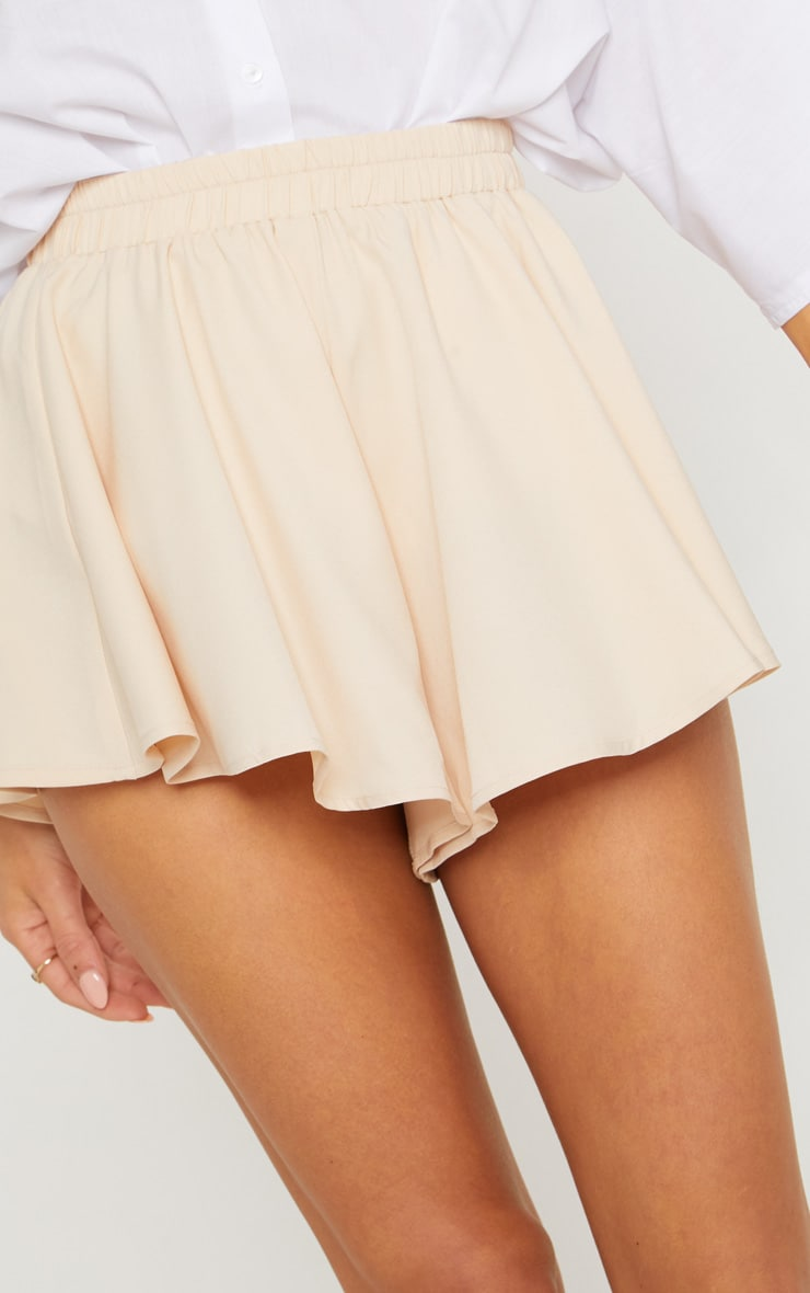 Cream Floaty Shorts 6