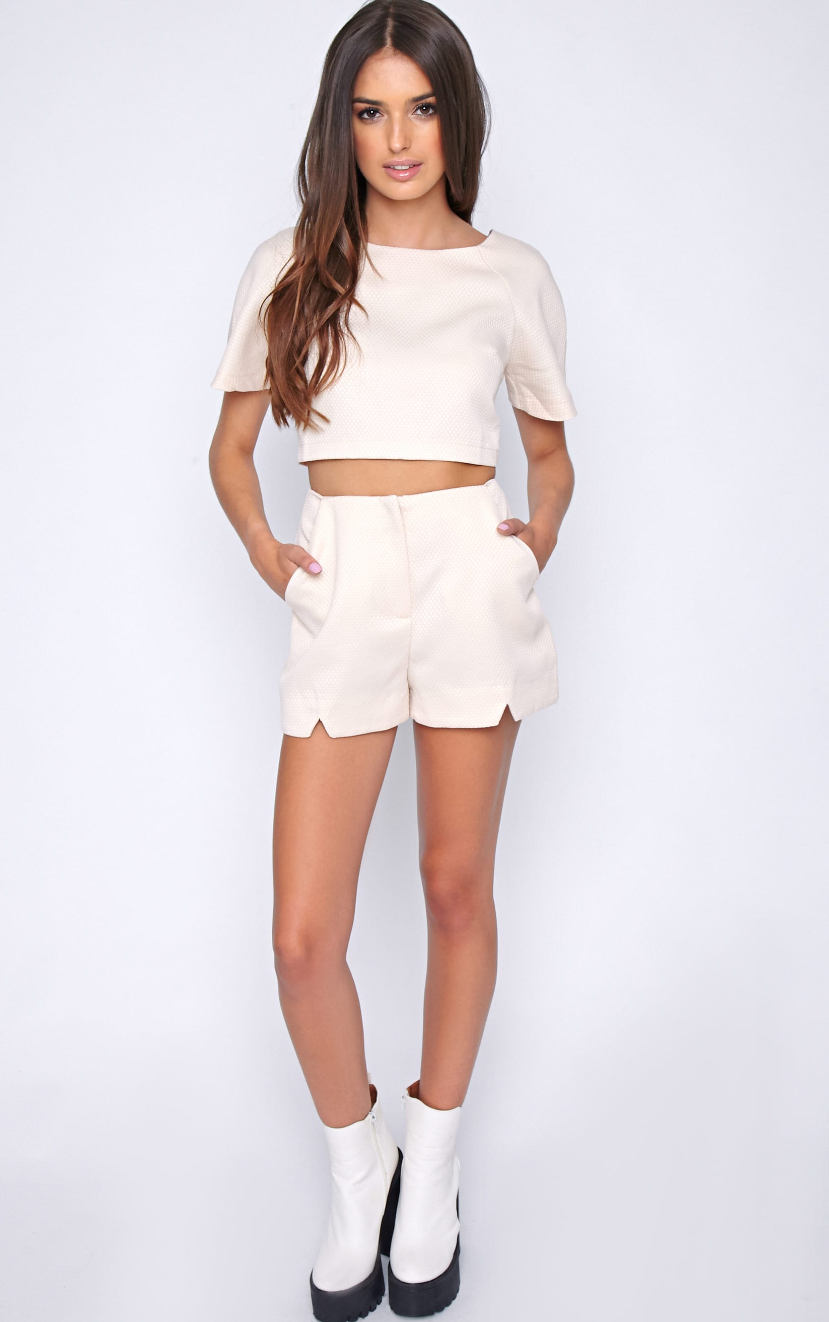 Talia Nude Textured Short -8 1