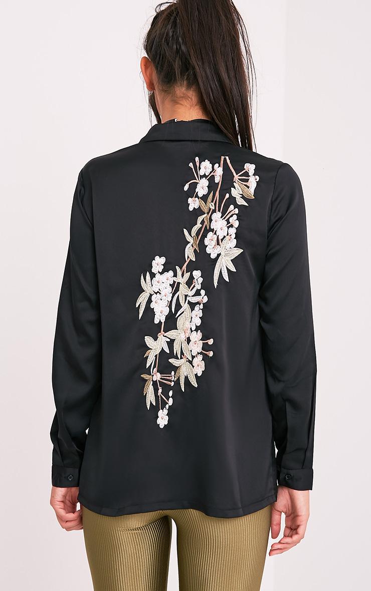 Nayee chemise satin brodée noire 2