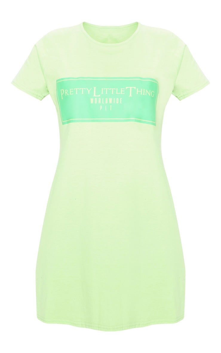 PRETTYLITTLETHING Petite Neon Green Worldwide T-Shirt Dress 3