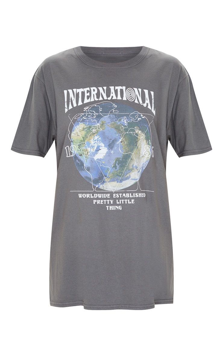 T-shirt gris anthracite oversize imprimé International à manches courtes 3