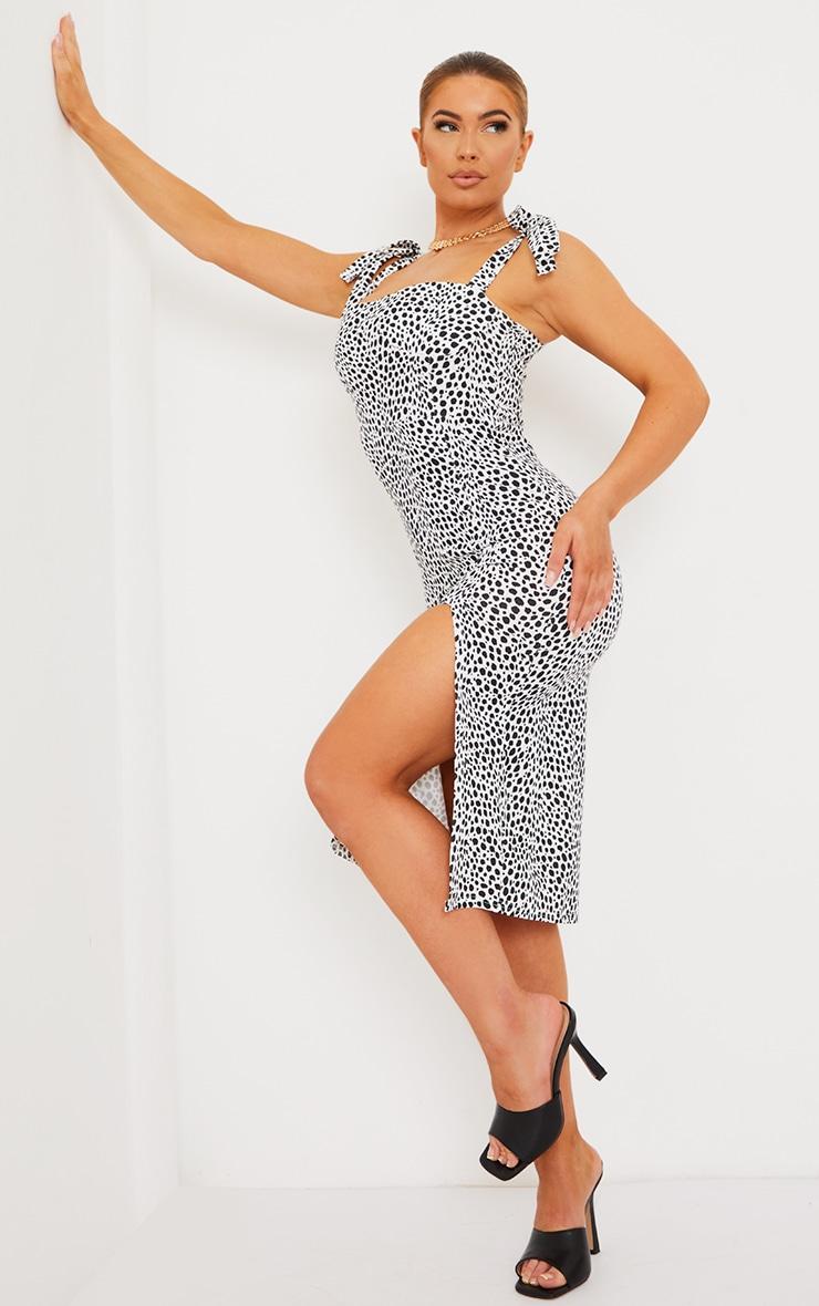 Robe mi-longue imprimée dalmatien blanc à bretelles nouées et détail bonnets 3