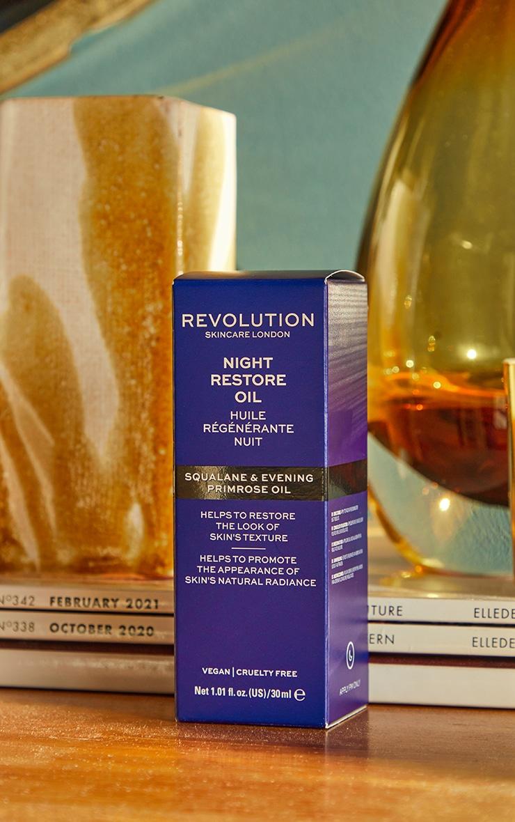 Revolution Skincare Night Restore Oil 4