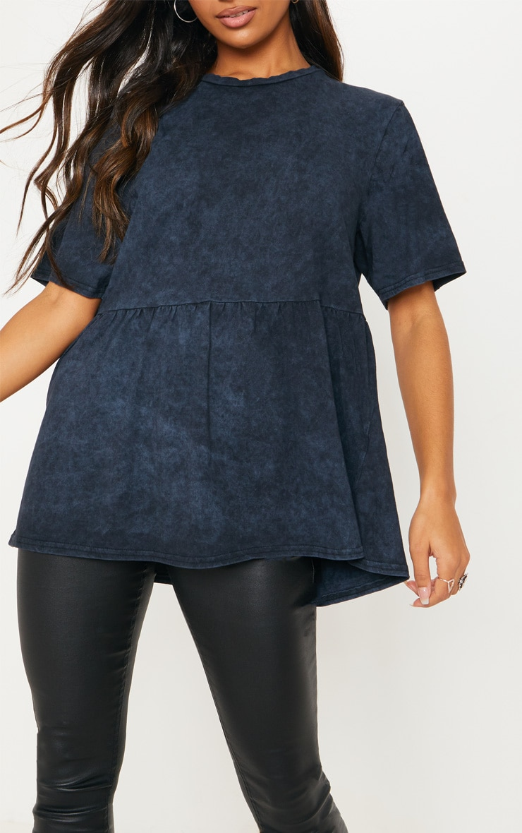 T-shirt oversized bleu marine délavé style péplum 4