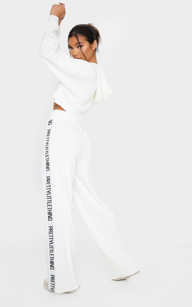 PRETTYLITTLETHING Cream Knitted Wide Leg Lounge Set 2