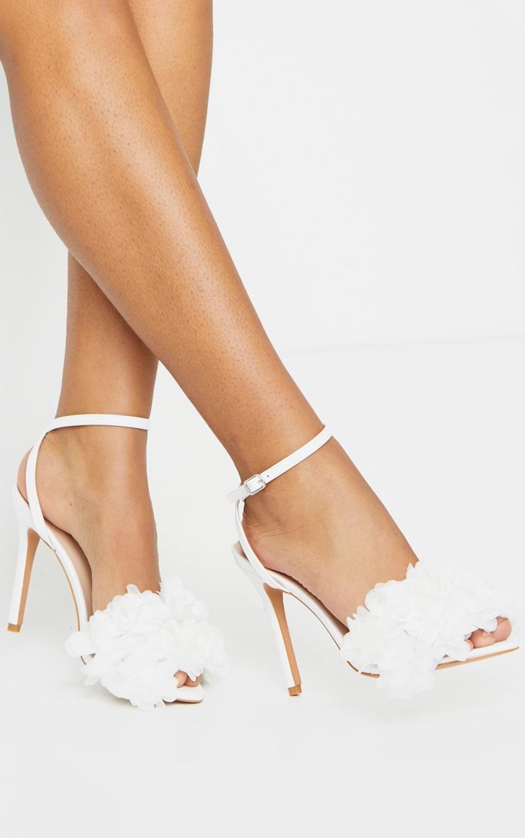 White Flower Embellished Strappy Heeled Sandals 2