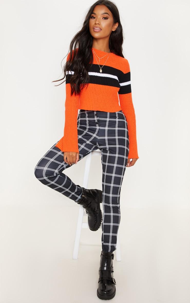 Pantalon skinny noir à carreaux. Pantalons   PrettyLittleThing FR d1fedd4012c