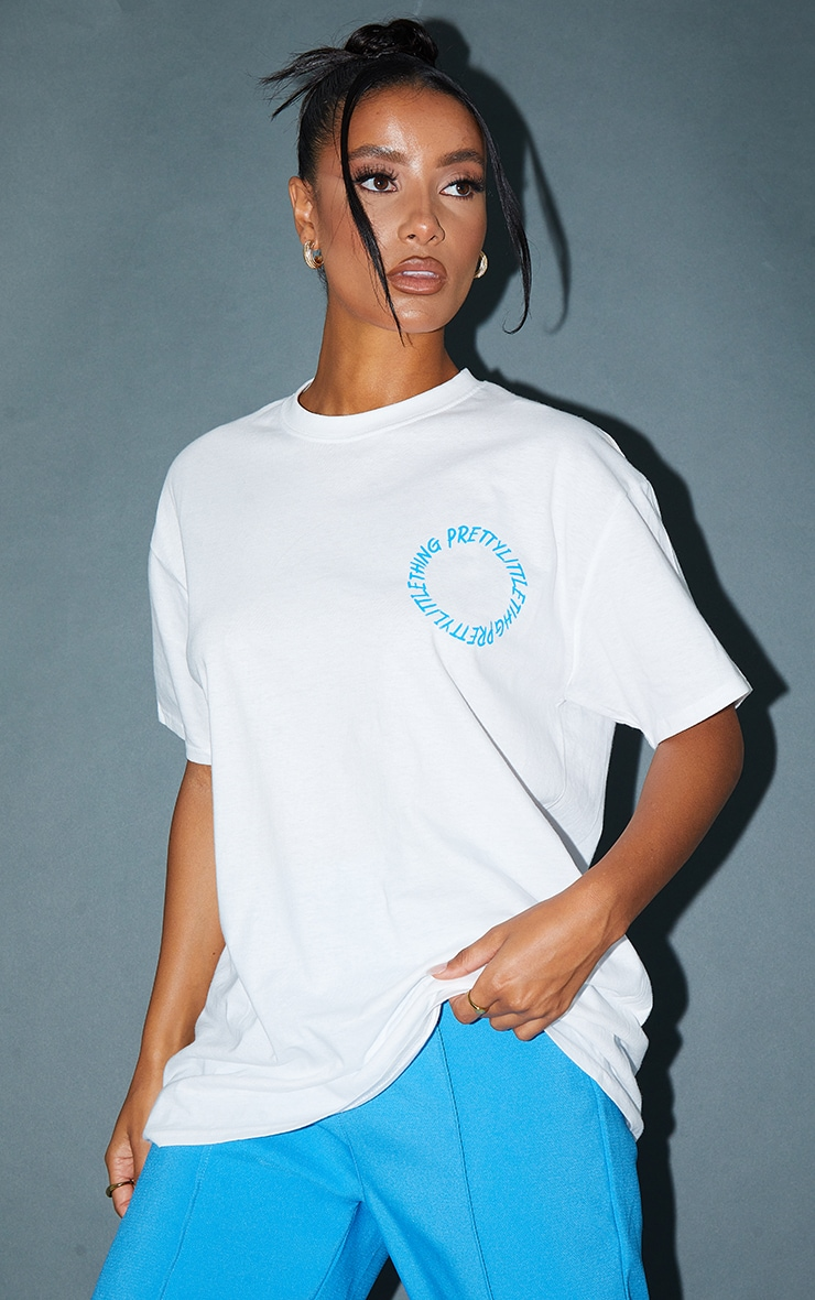 PRETTYLITTLETHING White Circle Back Printed T Shirt 2