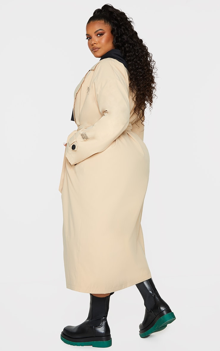 PRETTYLITTLETHING Plus Stone Branded Badge Trench Coat 2