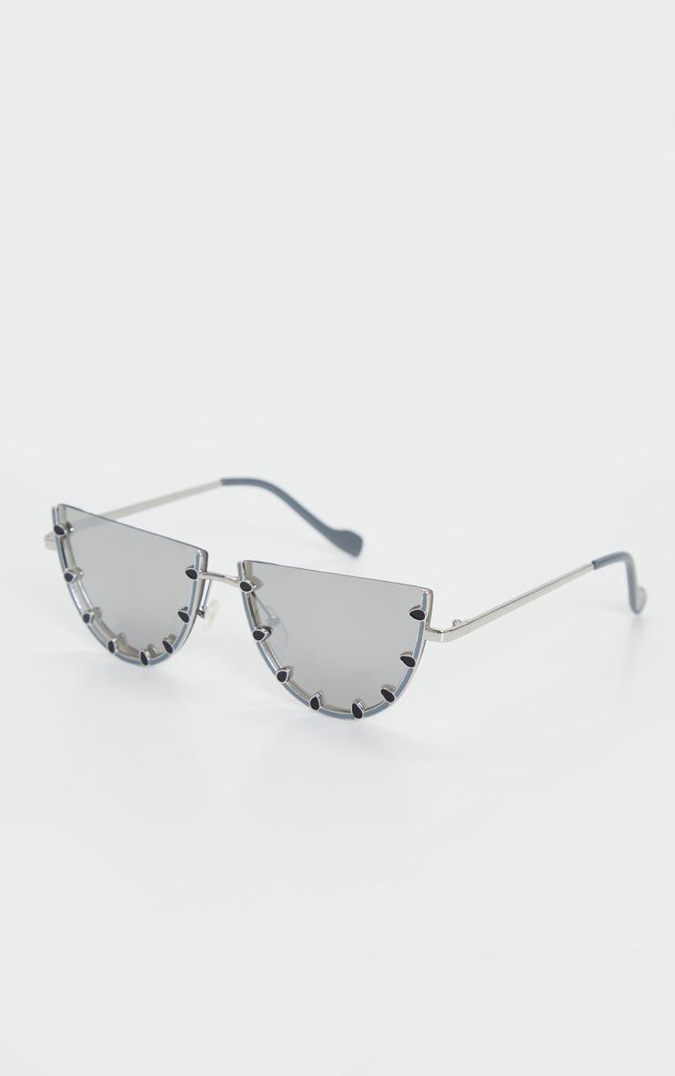 Silver Flat Bar Round Sunglasses 3