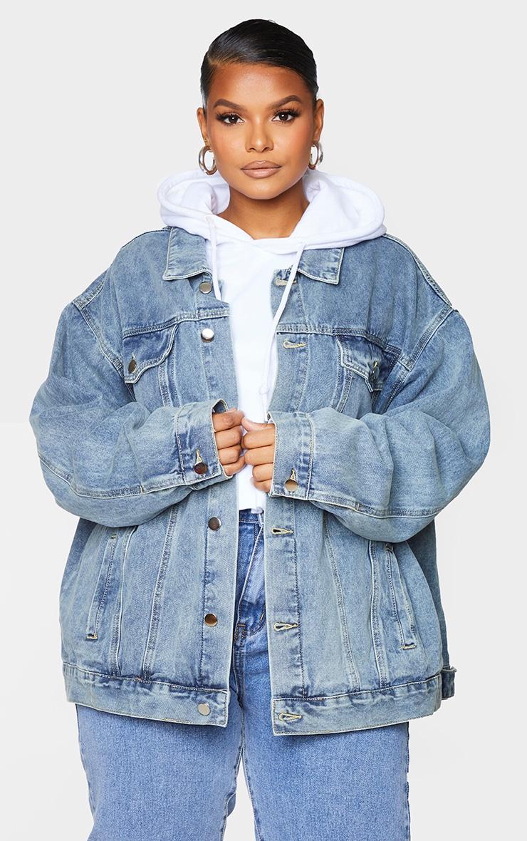PRETTYLITTLETHING Plus Vintage Wash Oversized Boyfriend Denim Jacket 3