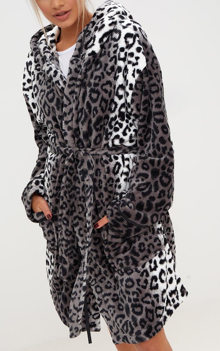 Grey Leopard Print Fluffy Dressing Gown  3