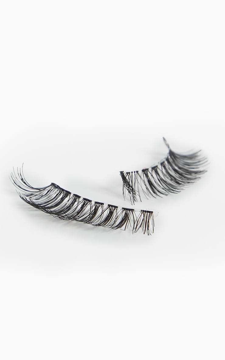 Land of Lashes LUXURY STRIP LASH LW02 2