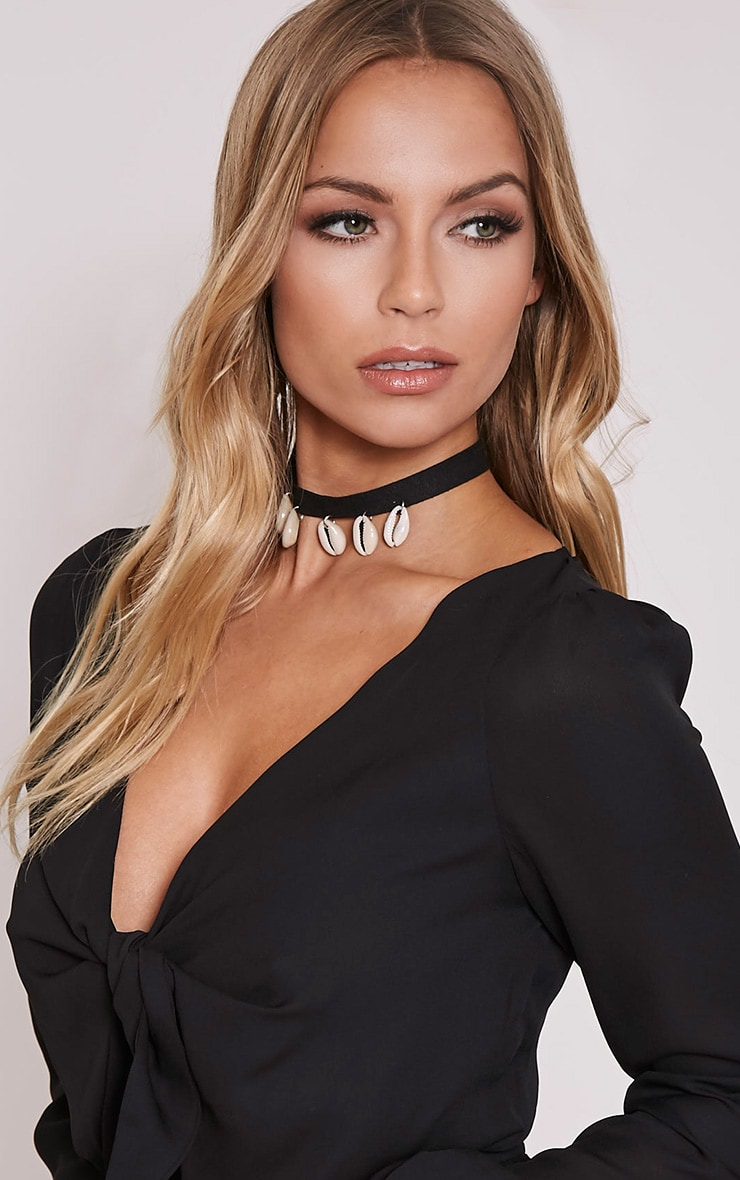 Adi Black Shell Choker 1