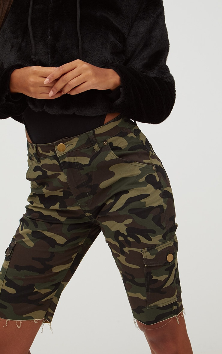 Camouflage Mid Length Denim Shorts 5