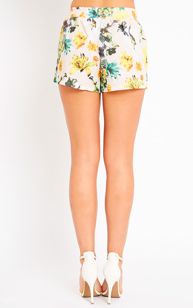 Darby Floral Print Shorts 4