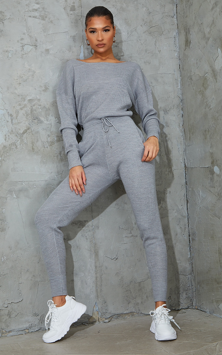 Grey Knitted Lounge Set 1
