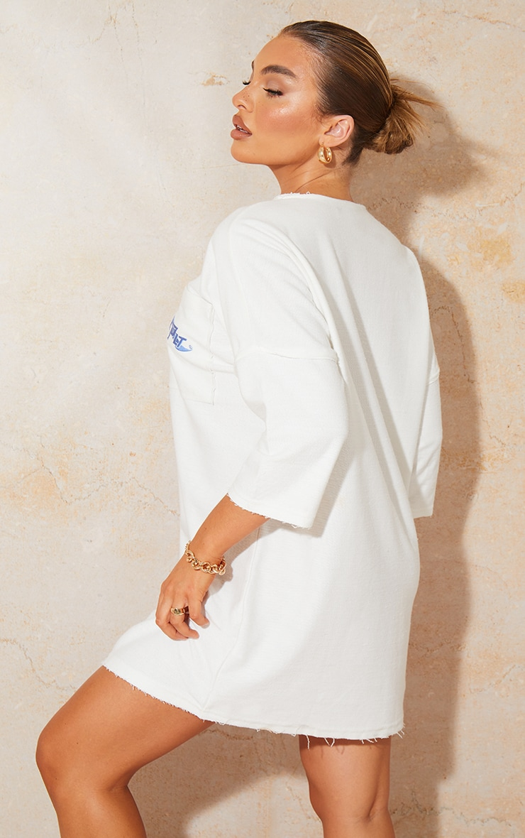 PRETTYLITTLETHING White Exposed Seam Binding Sweat T Shirt Dress 2