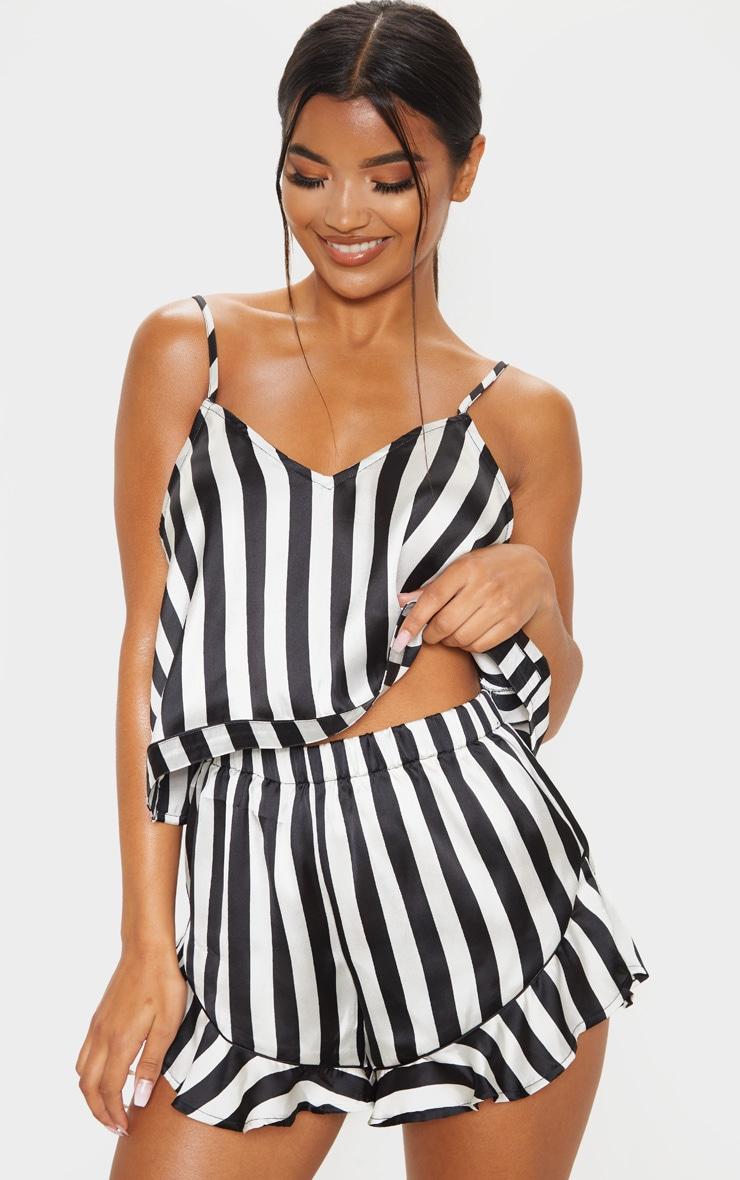 Ensemble de pyjama satiné noir & blanc à débardeur et volants 1