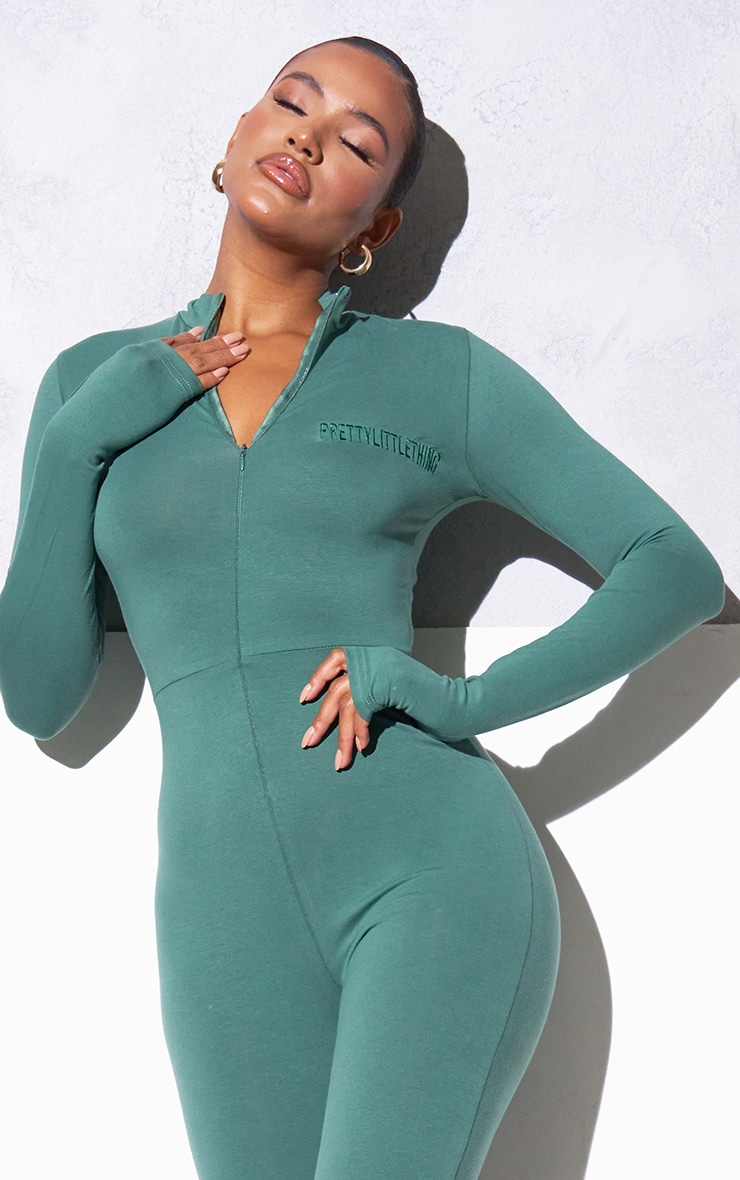 RENEW PRETTYLITTLETHING Green Long Sleeve Catsuit 4