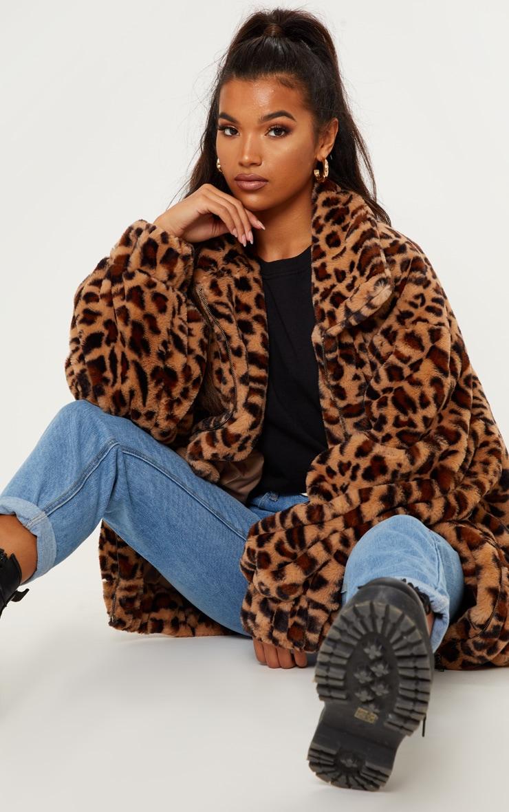 Manteau en fausse fourrure léopard marron à poches 4