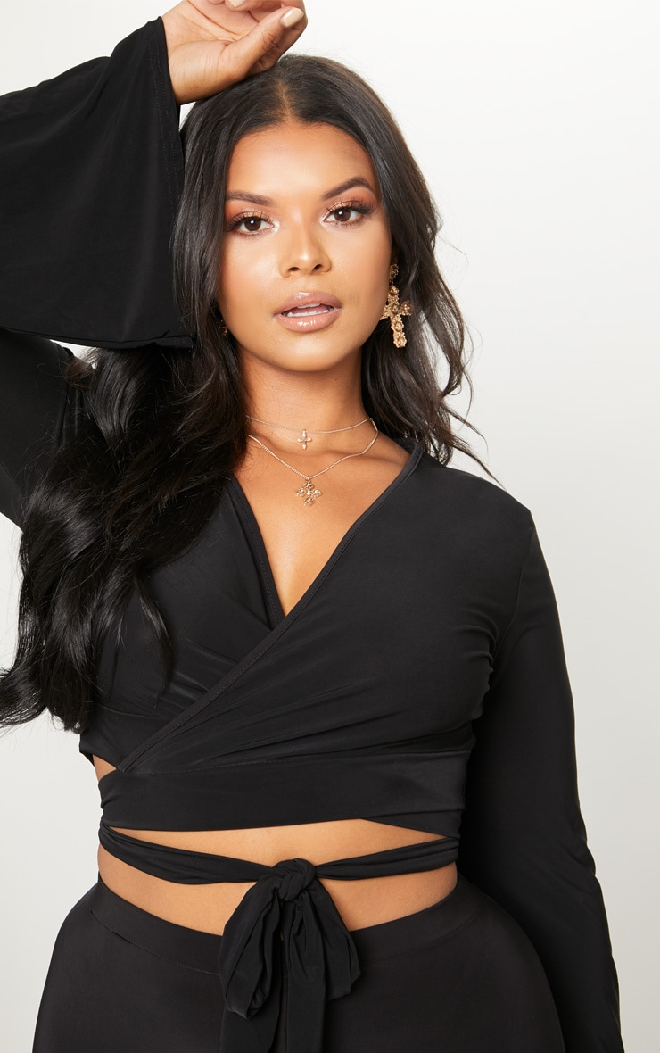 Plus Black Slinky Wrap Waist Crop Top 5