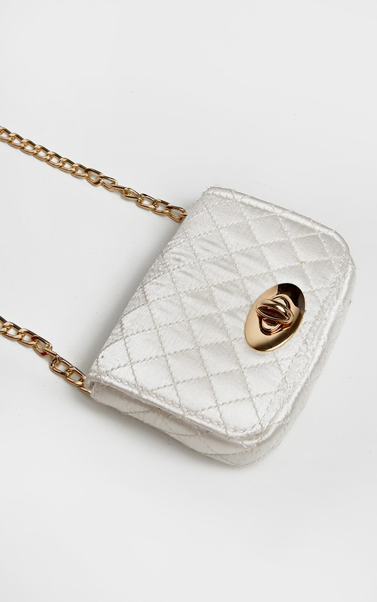 White Quilted Bag Gold Chain Belt 5