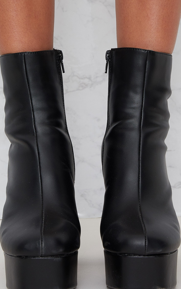 Black PU Platform Chunky Boot 5