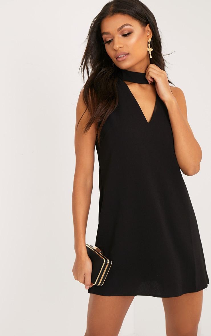 Cinder robe noire coupe ample à ras du cou 1